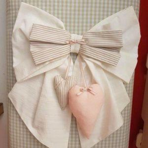 Fiocco nascita bianco tema cuore
